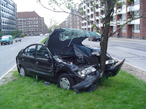 Car_crash_1